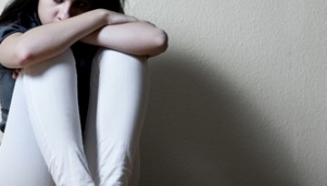 Parents should look for these signs if they're worried their child has an eating disorder.