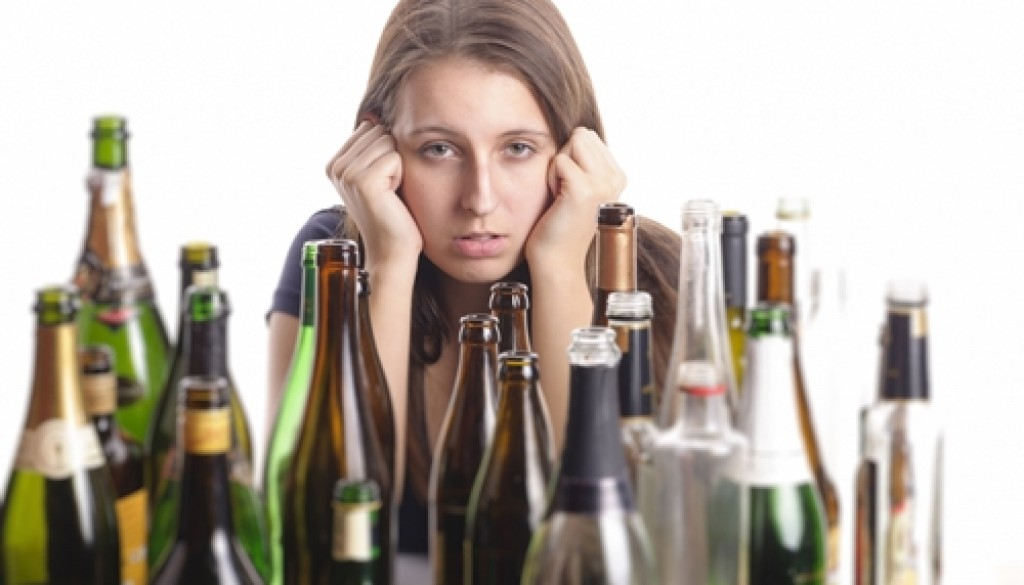 A new study sheds light on some of the shared brain characteristics of teens more likely to abuse alcohol.
