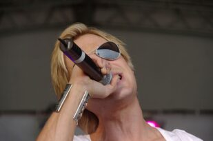 Adam Rickitt recently opened up about his struggles with eating disorders. Photo: Wikimedia user mattbuck.
