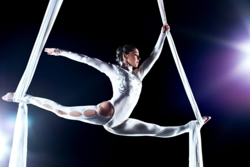 Are gymnasts at increased risk of eating disorders?
