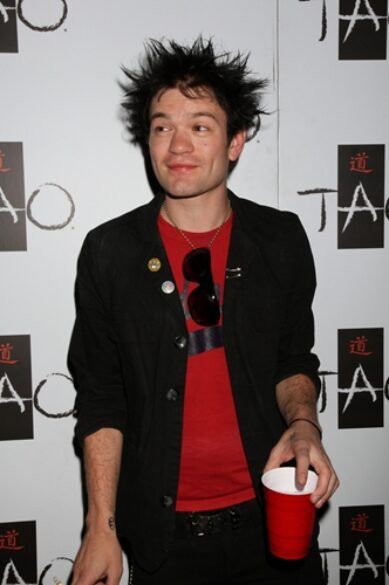 Deryck Whibley is back at home recovering from a scare with alcoholism.