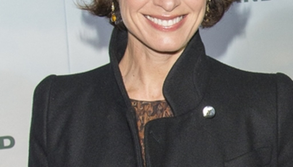 Elizabeth Vargas has struggled with anxiety and alcoholism.