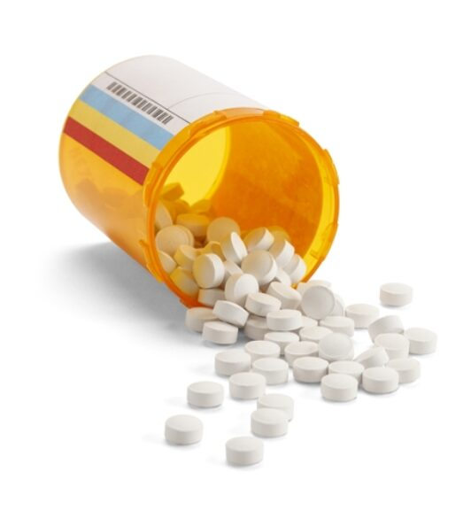 FedEx is accused of shipping and delivering illegal prescription drugs.