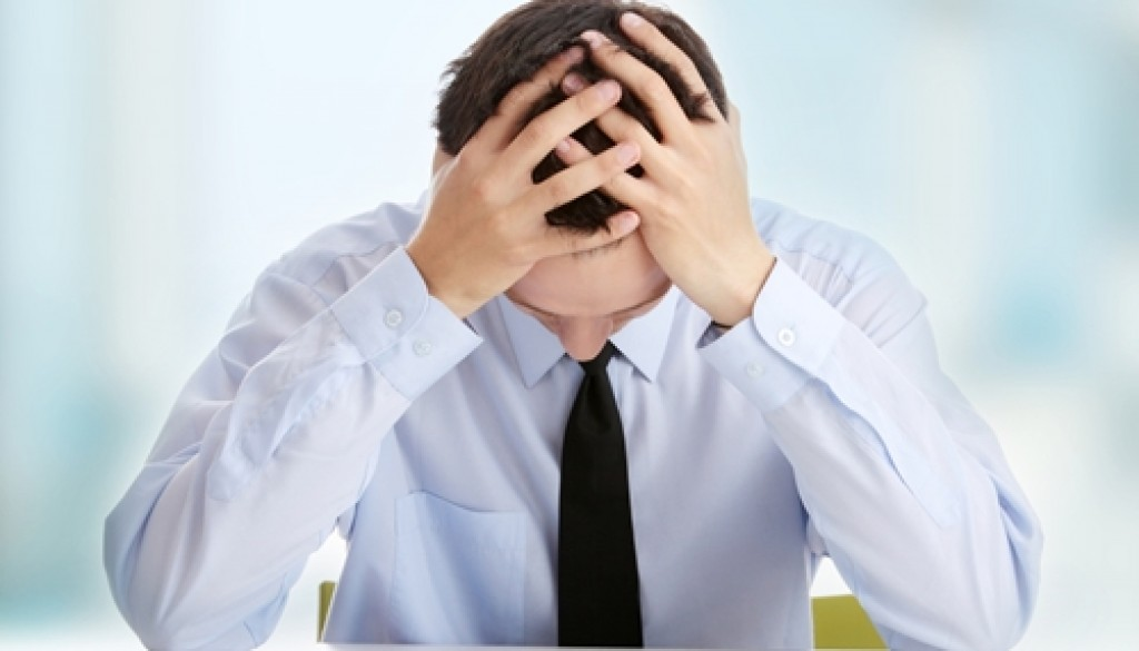 Long working hours could increase an individual's risk of alcoholism.