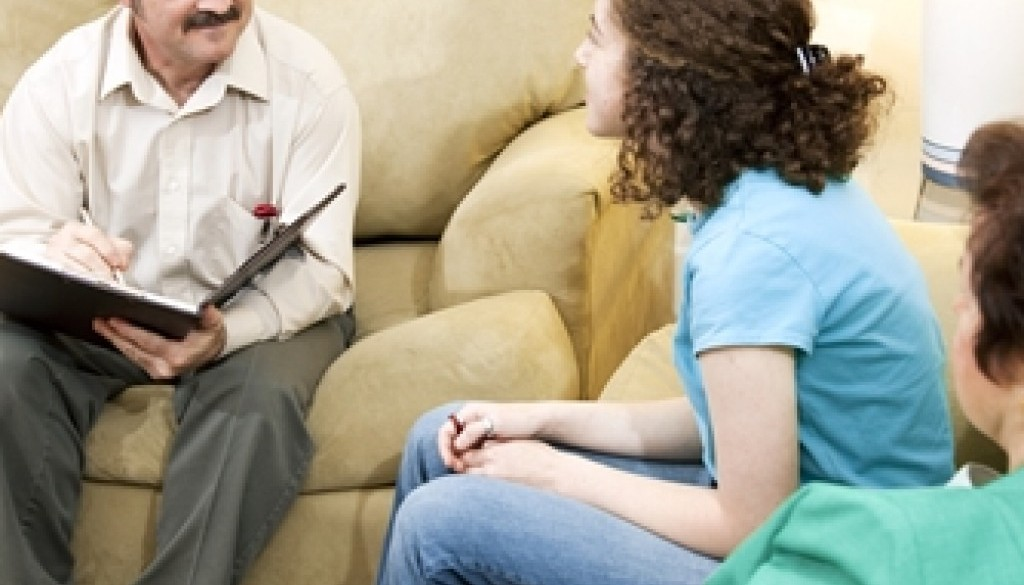 The level of communication loved ones have with the patient depends on the treatment program.