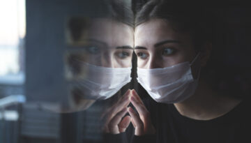 Pandemic Quarantine and Eating Disorder Symptoms.