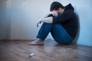 How to Recognize & Assist a Person with an Opioid or Heroin Addiction